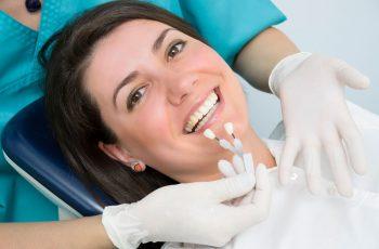 Implante dentário: conheça os principais mitos e verdades